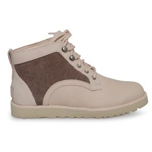 UGG Bethany Chukka boots - Quartz color